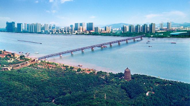 杭州深圳文化创意产业发展之路